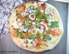 Pizza du printemps au saumon fumé et légumes croquants