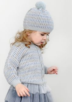 Jakke og lue Knitting Blogs, Knitting For Kids, Crochet For Kids, Baby Knitting Patterns, Knit Crochet, Crochet Hats, Yarn Bag, Crochet For Beginners, Baby Sweaters
