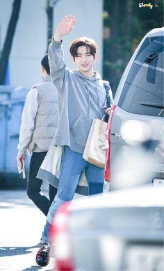 GOT7 Jinyoung Park Jinyoung, Got7 Jinyoung, Girls Girls Girls, Wang Jackson, Got7 Jackson, Mark Tuan, Kim Yugyeom, Youngjae, Jaebum