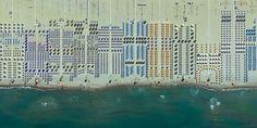 ...Viareggio in Italien. Der Küstenort in der Toskana sieht aus der Luft aus...