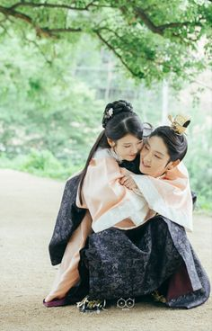 [Drama Moon Lovers ❤ Scarlet Heart Ryeo, 달의 연인-보보경심 려 Soompi Kdrama 2016 Winner Moon Lovers Scarlet Heart Ryeo, Scarlet Heart Ryeo Cast, Moon Lovers Drama, Iu Moon Lovers, Lee Jun Ki, Korean Drama Movies, Korean Actors, Korean Dramas, Asian Actors
