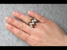 Best Seed Bead Jewelry 2017 The Beading Gem's Journal: Easy Chevron Beaded Ring Tutorial Seed Bead Jewelry, Bead Jewellery, Seed Beads, Beaded Jewelry, Beaded Necklace Patterns, Seed Bead Patterns, Beading Patterns, Jewelry Making Tutorials, Make Jewelry