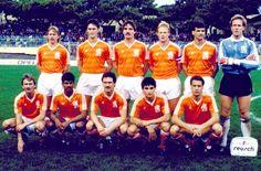 1987 Holland, Top, left to right: Jacob 'Joop' Lankhaar, Johannes Jacobus… Ruud Gullit, Ronald Koeman, Fifa, International Football, National Football Teams, Team Photos, Soccer, Football Players, World Cup