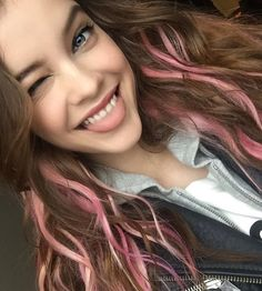 Find images and videos about hair, model and barbara palvin on We Heart It - the app to get lost in what you love. Barbara Palvin, Pink Hair Streaks, Pink Hair Highlights, Dye My Hair, About Hair, Woman Crush, Hair Inspo, Cool Hairstyles, Hair Makeup