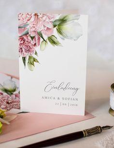 Elegante Einladung zur Hochzeit mit Pfingstrosen, zarter Kalligrafieschrift und tollem Briefumschlag mit passendem Inlay aus der Serie Amica und Sofian - carinokarten
