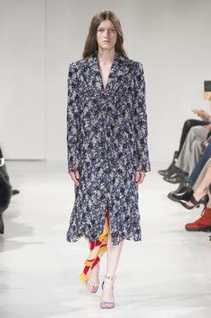 http://theimpression.com/calvin-klein-fall-2017-fashion-show/