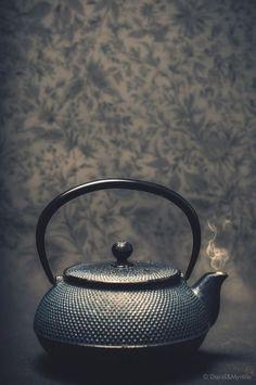 """pictureperfectforyou: (via / Photo """"Tea Time"""" by David et Myrtille dpcom.fr) - Red Tea Is Best Japanese Tea Ceremony, Tea Culture, Tea Art, Tea Service, Chocolate Pots, My Tea, High Tea, Afternoon Tea, Mugs"""