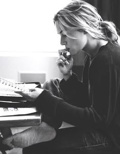 ladycollector:  Kate Winslet