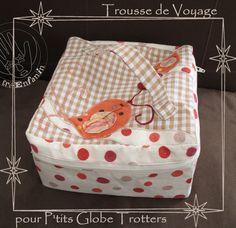 VANITY TISSU Sewing Hacks, Sewing Tutorials, Sewing Projects, Sewing Ideas, French Tutorial, Diy Bags Tutorial, Vanity Bag, Cute Bags, Creative Crafts