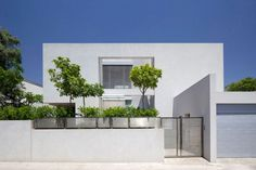 CH House by Domb Architects 14