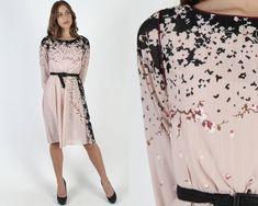 Cherry Blossom Print Dress / Vintage 70s Thin Poly Floral Dress / Nude Beige Flower Lightweight Flowey Secretary Mini Dress 1970s Dresses, Cute Dresses, Vintage Dresses, Pale Yellow Dresses, Flower Skirt, Country Dresses, Vintage 70s, Cherry Blossom, Dress Skirt