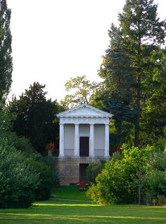 Temple of Flora, 1789-1790