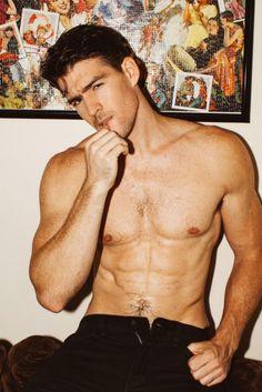 Hot Hollywood Actors, David Beckham Soccer, Girl Anatomy, Hot Fan, Sean O'pry, Body Art Photography, America's Next Top Model, Chris Evans Captain America, Model Look