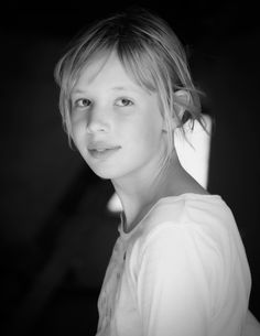 Do you love to photograph like I do? Get my 7 FREE basic photography tips - you need to know here; http://pw5383.wixsite.com/free-photo-tips | Photographer Pernille Westh | Black and white portrait of my daughter · Celebrate childhood...