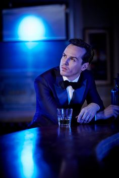 Andrew Scott - sigh. The guy that services our h/ac looks so much like Andrew Scott. First time he came into our building it took me a full 10 seconds to speak. Gaaaahhhhhh