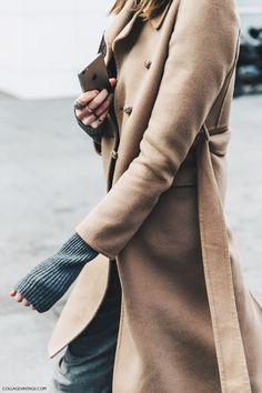 PFW-Paris_Fashion_Week_Fall_2016-Street_Style-Collage_Vintage-Camel-Coat-
