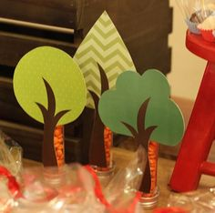 Ideas Baby Shower Woodland Party Forest Friends For 2019 Diy Baby Shower Decorations, Baby Shower Centerpieces, Forest Party, Woodland Party, Fox Party, Snow White Birthday, Magic Party, Baby Shower Photo Booth, Baby Shower Vintage