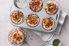 Finnische Hackbällchen – praktisches Party-Food Nudel-Gemüse-Muffins Gefüllte Süßkartoffeln Hokkaido - Kürbissuppe