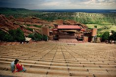 Headed to the Mile High City? Consider these 11 #free things to do in Denver, including taking in a show at Red Rocks Amphitheatre in nearby Morrison.