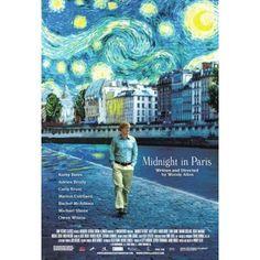 MIDNIGHT IN PARIS. Woody Allen, nos cuenta la historia de una familia que viaja a la capital francesa por asuntos de negocios, incluyendo entre ellos a una joven pareja que está prometida, y cuyas vidas cambian gracias a este viaje.