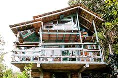 No site do Airbnb, plataforma comunitária para alugar ou anunciar acomodações ao redor do mundo, é possível encontrar lugares para todos os bolsos e gostos