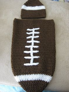NB cocoon and matching hat. by on Etsy Baby Items For Sale, Football Photos, Photo Props, Trending Outfits, Unique Jewelry, Handmade Gifts, Hats, Vintage, Kid Craft Gifts