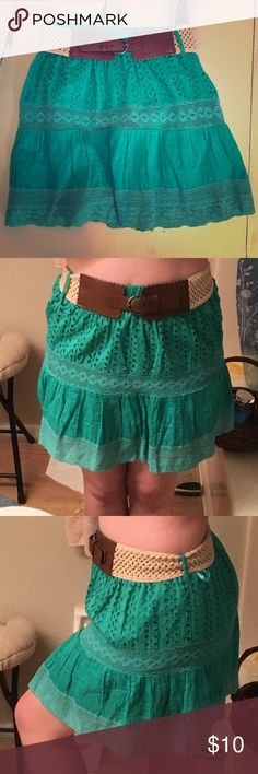 ☁️Bright Teal Belted Skirt☁️ This dreamy skirt was bought by me from another posher, alas I do not wear it. I love the color, the belt, and the patterns. It goes well with a light-colored tank and tights. I have not worn it ONCE because my caboose does not allow me to sport shorter skirts. Comment below if interested and make an offer! Vanity Skirts Midi