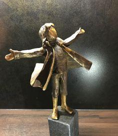 Bronze sculpture / BRONS made by Babke Moelee Bronze Sculpture, Lion Sculpture, Door Handles, Statue, Home Decor, Art, Sculptures, Door Knobs, Art Background
