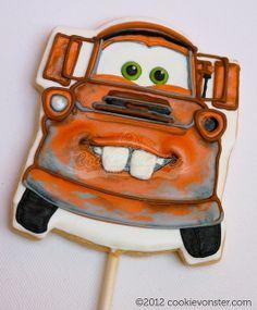Simple-ish Mater face for felt hand puppet. Car Cookies, Disney Cookies, Fancy Cookies, Custom Cookies, Cupcake Cookies, Cookies Et Biscuits, Cookie Cakes, Cookie Pops, Cookie Icing