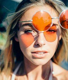 ☺ Elizabeth Turner ( shot by : summer child Sunshine Photos, Elizabeth Turner, Graduation Photography, Artsy Photos, Summer Kids, Beauty Trends, Portrait Photography, Mirrored Sunglasses, Eye Candy