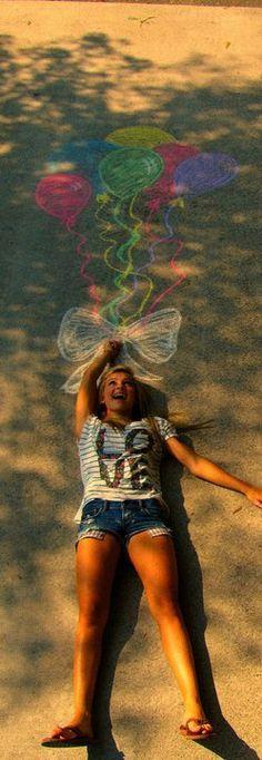 What a cute photo idea for this summer!