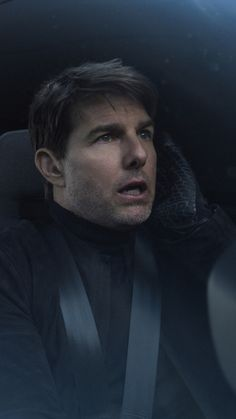 Tom Cruise Flying In Helicopter Mission Impossible Fallout Wallpaper Omg This Guy