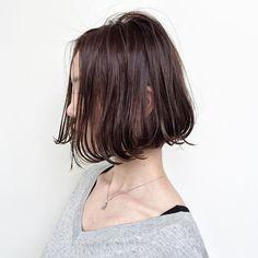 外国人風前下がりボブ . . cut ¥8,200~ cut + color ¥15,400~ cut + color + Hi light ¥23600~ . . . #shima#hair#ginza#hairarrange#mirandakerr#mery #ヘアー#ヘアスタイル#ボブ#ロングヘアー#コーデ#コーディネイト#ヘアカラー#ヘアアレンジ#アイロン#アッシュ#アッシュカラー#ハイライトカラー#外国人風ハイライトカラー#外国人風ヘアー#ラベンダーアッシュ #ミランダカー#メリー