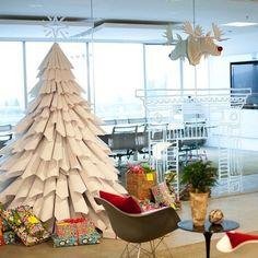 Árbol de navidad de papel reciclado