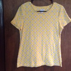 """Yellow and gray geometric tee Really great tee for summer and spring with the cheerful yellow and gray colors, will fit up to 38"""" bust, length is 24.5"""" Charter Club Tops Tees - Short Sleeve"""