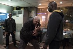 Watch Marvel's Luke Cage Season 1 Episode 1 : Moment of Truth Watch Movies and TV Series Stream Online