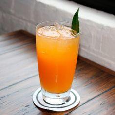 Smashing Pumpkin Recipe Cocktails, Beverages with Pyrat Rum, liqueur, soda
