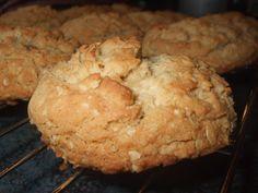 meilleures) Oui vraiment les meilleures ! Je n`ai pas pris de chance, j`ai doubler les quantités . Merci EstherB pour cette belle recette ! Desserts With Biscuits, Cookie Desserts, Easy Desserts, Cookie Recipes, Dessert Recipes, Biscuit Cookies, Yummy Cookies, Ricardo Recipe, 20 Min