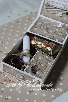 Heute gibt es von mir eine Mini-Geburtstags-Box mit den super neuen Schriftzügen von Andrea , die wir schon mal wieder vorab testen durften...