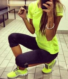 Cute athletic clothes with matching shirt [ SkinnyFoxDetox.com ] #workout #skinny #health