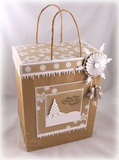 Gift Bag with Topper. Perfect to top off any gift bag. Links to tutorial. LOVE~LOVE~LOVE~ this!