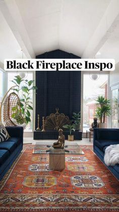 Accent Walls In Living Room, Rugs In Living Room, Interior Design Living Room, Living Room Designs, Black Bedroom Walls, Dark Green Living Room, Dark Green Walls, Paintings In Living Room, Dark Wood Floors Living Room