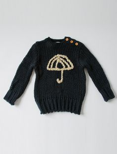 kloudia sweater - this is adorable for either a boy or a girl. i love the concept of a simple yarn-embroidered outline of an image on a contrast color. Fashion Kids, Kids Mode, Toddler Girl, Baby Kids, Kids Outfits, Cute Outfits, My Bebe, Knitting For Kids, Kid Styles