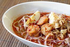 Almost Perfect Penang Hokkien Mee (Prawn Noodle Soup)