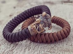 Totem Bull (Taurus) - Paracord bracelet with Exclusive bronze buckle Pop Some Tags, Runic Compass, My Pocket, Brass Buckle, Paracord Bracelets, Taurus, Bronze, Edc, Accessories