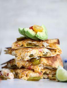pimento cheese chicken quesadillas I howsweeteats.com #pimentocheese #chickenquesadillas #quesadilla #appetizer