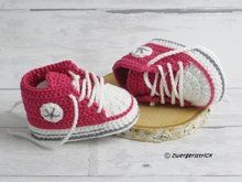 Häkelanleitung für Babyschuhe 'Classic'  ( 3 Größen ) Baby Patterns, Knitting Patterns, Sewing Patterns, Baby Booties, Baby Shoes, Crochet Baby Clothes, Diy And Crafts, Shabby Chic, Jewelry Making