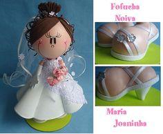 Fofucha con vestido de novia y sandalias de tacón.
