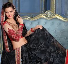 Rich Black Saree from LooksGud.in