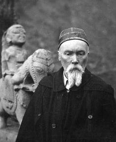 Nicholas Roerich photographs